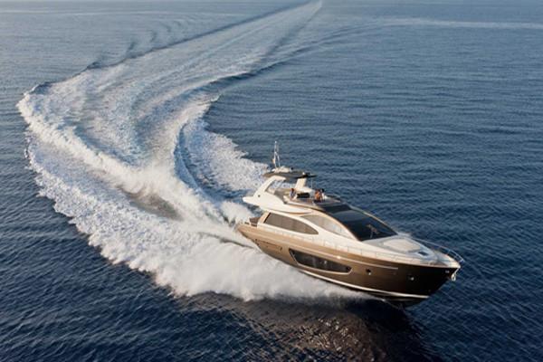 豪华游艇RIVA75'Venere Super 驰骋海洋的移动别墅