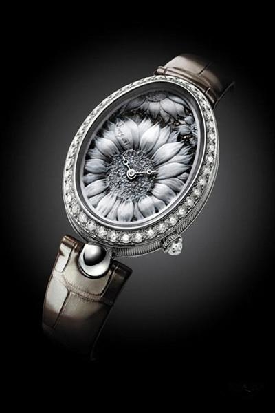 珍珠母贝腕表 雅克德罗隐藏在表盘中的优雅