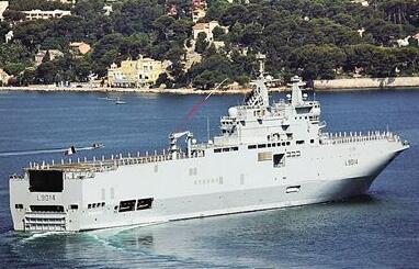 """埃及法国联合军演 埃海军两艘""""西北风""""级两栖攻击舰参演"""