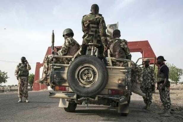"""尼日利亚女自杀式袭击者葬礼引爆炸弹 民众已成为""""软目标"""""""