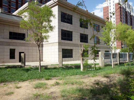 幼园建成4年闲置 周边也没有其他可以就读的幼儿园