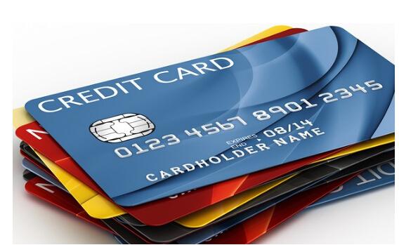 """信用卡逾期多久进""""黑名单""""!各大银行事时间一览表"""