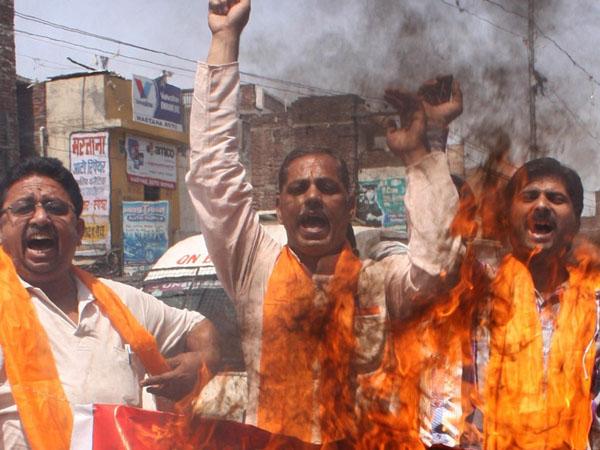 中印对峙最新消息:印右翼烧中国商品煽动反华