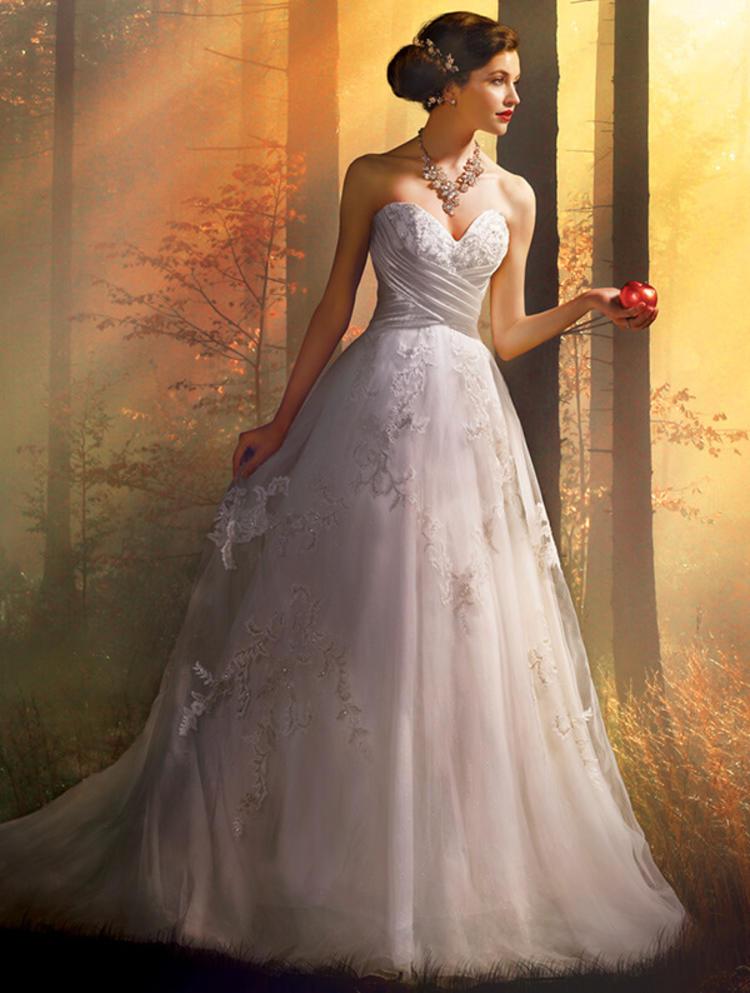 婚纱品牌AlfredAngelo宣布破产 准备婚礼的新娘心塞塞