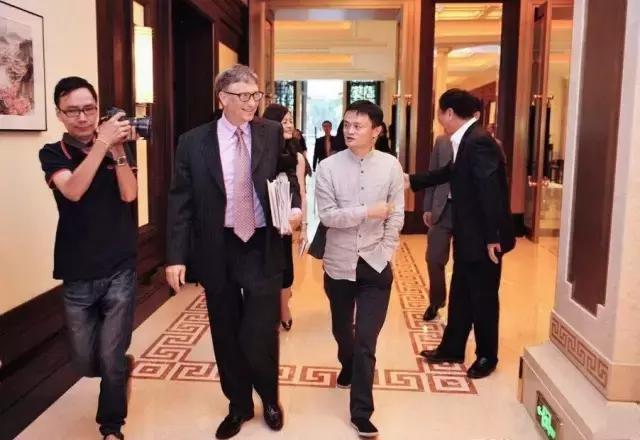 《福布斯》最新富豪榜 盖茨独占鳌头马云华人第一