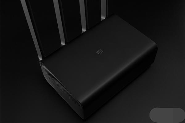 小米史上最贵路由器上架 双频全向天线8TB硬盘定价为3699元