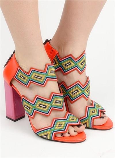 KAT MACONIE推出2017春夏系列新款女鞋