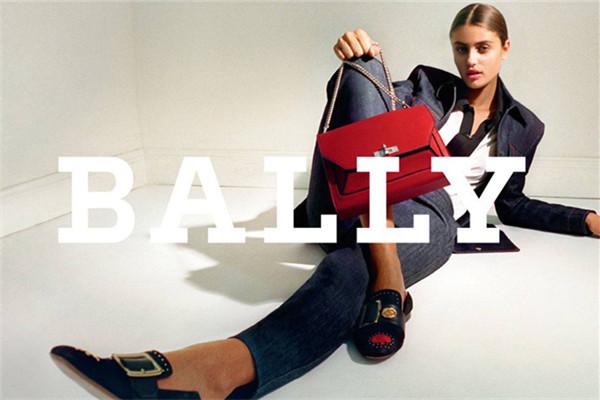 Bally释出2017秋冬系列箱包广告大片