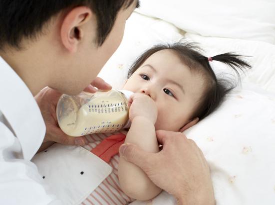 宝宝几个月断奶最好?