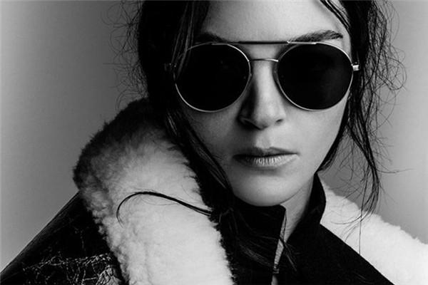 Vera Wang(王薇薇)释出最新2017秋冬系列广告大片