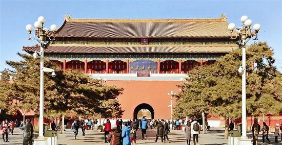 """故宫将建玻璃幕墙 悬挂""""故宫博物院""""五个大字"""