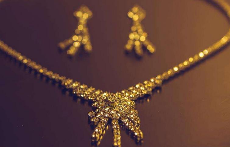 今年流行这些新潮的黄金项链
