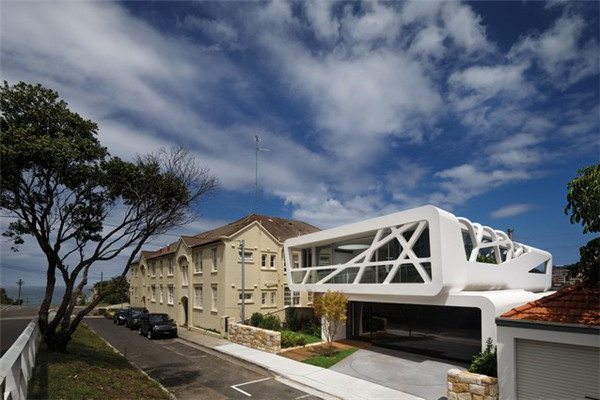 澳大利亚惠普街豪宅:将远处的海景尽收入眼帘