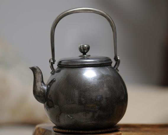 银壶煮水的好处是什么?