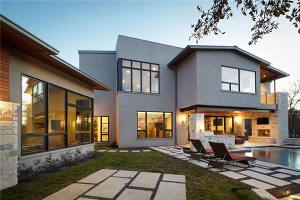 Ridgewood豪宅:质朴的优雅气氛弥漫着整个建筑