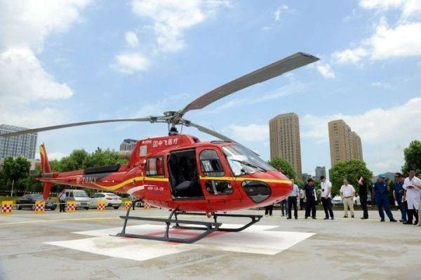 医疗急救俗人直升机宁波首飞 14家单位成立空救联盟