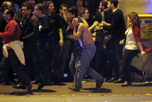 法国再次发生袭击 嫌疑人驾车逃跑连撞数车