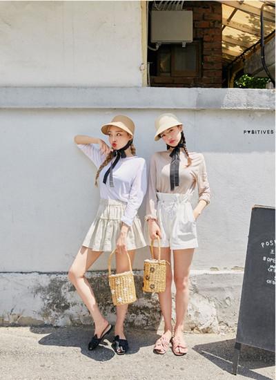 夏季服装流行趋势示范 T恤搭配喇叭裙时髦又显瘦