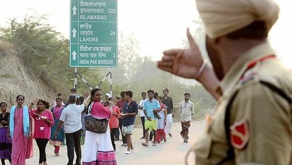 中印对峙最新消息:洞朗印度村民搬离?黄金即将暴走?