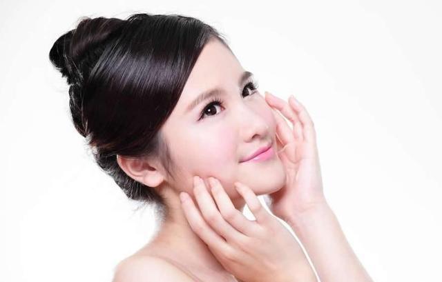 你有很多美容护肤方法吗? 告诉你可能一直都在犯的6个护肤错误