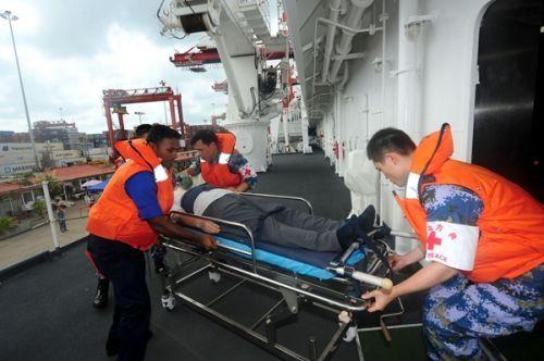 中斯海军联合演练:国际人道主义医疗救援联合演练