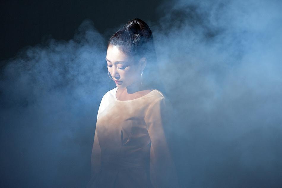 秦宇子新曲《LUNA》MV首发 借月亮展现少女朦胧的爱情