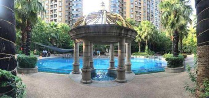杭州小区泳池漏电:10岁女孩正在游泳 当场失去心跳