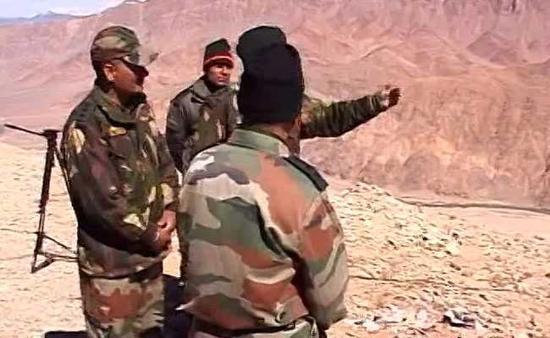 中印对峙最新消息:印媒称中印高级将领谈崩 印度正在增加兵力和武器部署