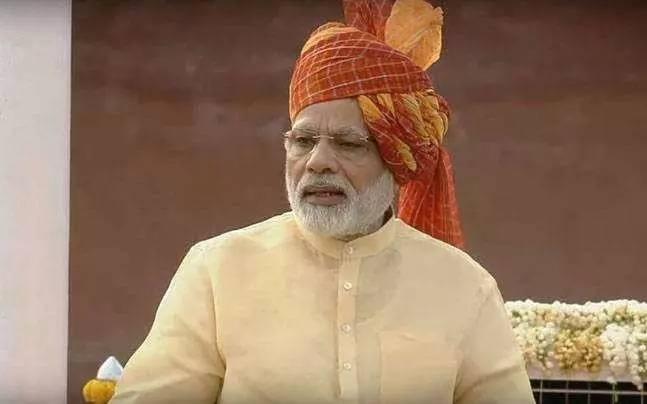 莫迪发表独立日演说 印军已准备好面对任何挑战
