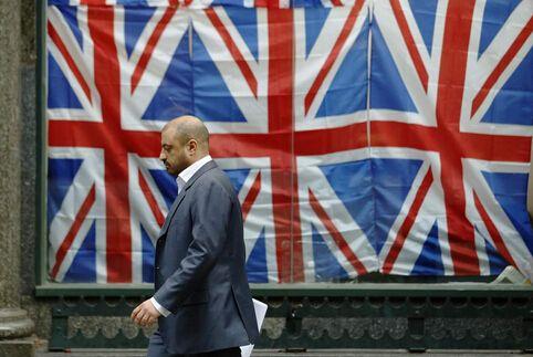 """英国与欧盟的""""爱恨纠葛""""何时了?"""