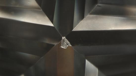 钻石如何避免受损伤