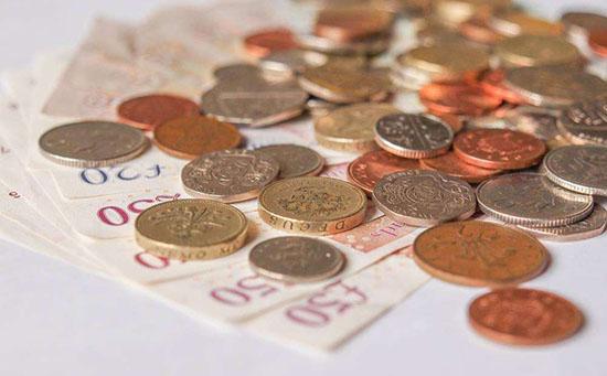 """CPI疲软浇灭英国央行加息""""热情"""" 英镑遭长期看空"""