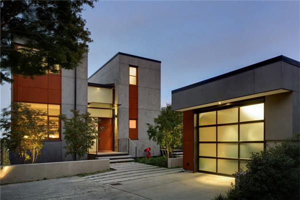 国会山豪宅:让日光更深入建筑核心