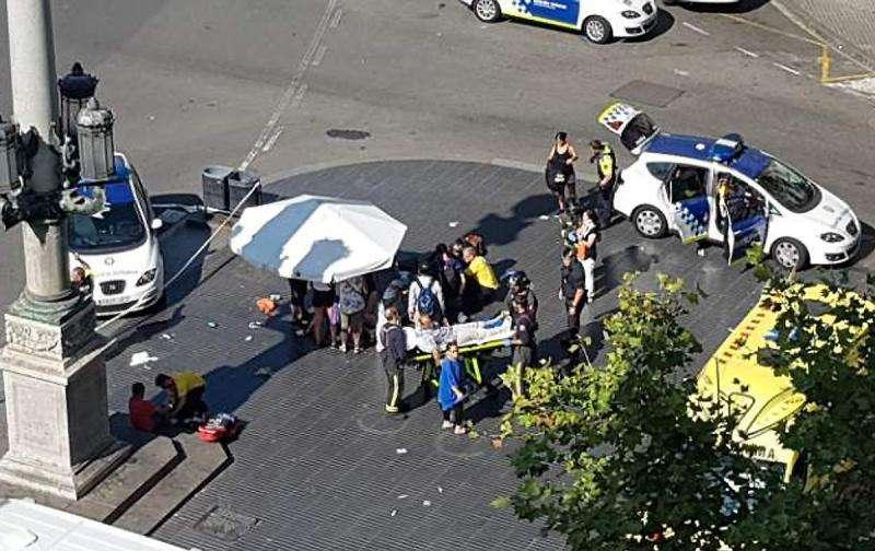 巴塞罗那恐怖袭击致13死100伤 西班牙举国哀悼三天