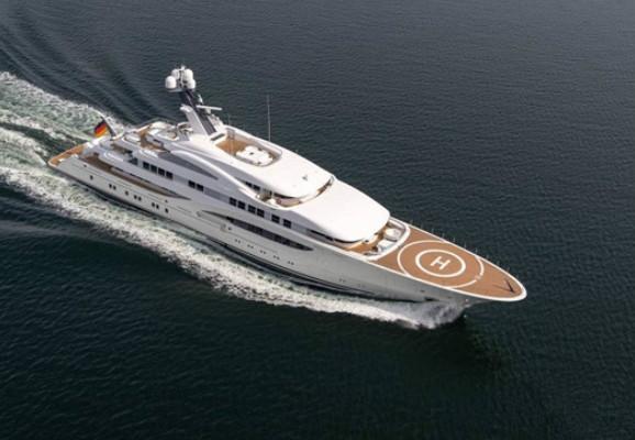 Lurssen船厂发布全新156米Dilbar超级游艇