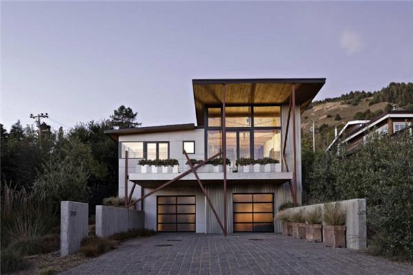 斯汀森海滩豪宅:现代设计细节与质朴建筑材料的组合
