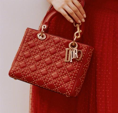 给最爱的她 迪奥推出全新七夕限量版Lady Dior包包