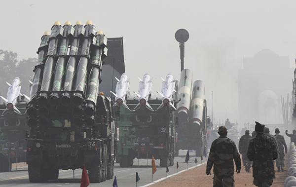 中印对峙最新消息:中印班公湖冲突后 印度将在张拉山口附近军事演习