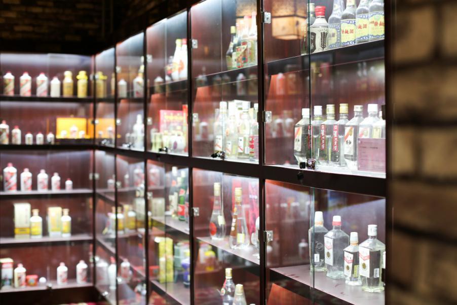 老酒收藏是普通人投资佳选 不可再生决定老酒抗跌性