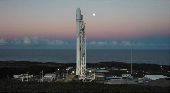 """台湾首枚自研卫星升空 台当局把它吹捧为""""太空里程碑"""""""