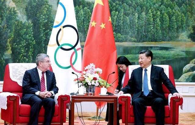 习近平会见国际奥委会主席巴赫 对中体育事业发展深入交流合作