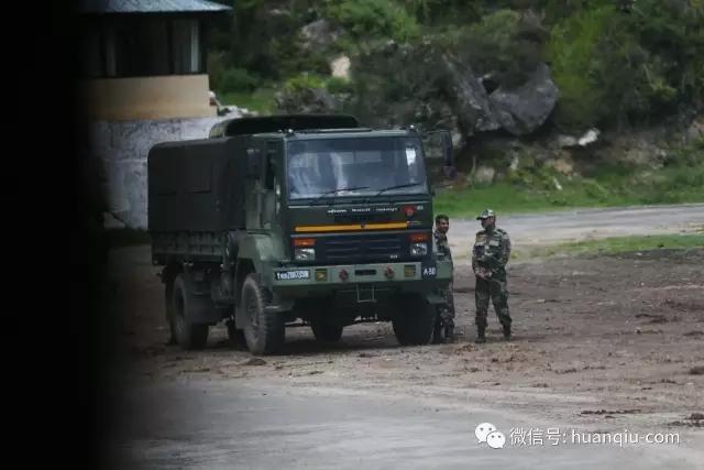 中印对峙最新消息:记者探访洞朗对峙前线 印军车队正向边境集结