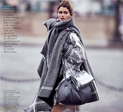 超模Chloe Lecareux为《Elle》杂志拍摄时尚大片