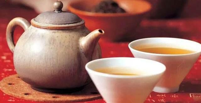都知道喝茶可以养生? 教你一天三杯茶养生有方法