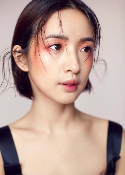 林依晨独特微醺妆 网友:美到爆炸