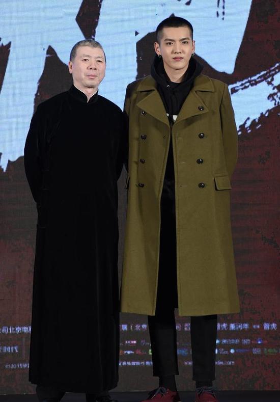 冯小刚盛赞吴亦凡:看到了新一代年轻人的芳华