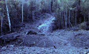 俄罗斯发生泥石流超500人被困:130多名外国人 包括中国公民