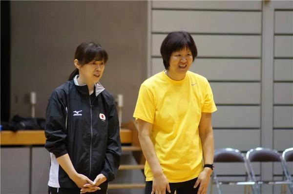 日本主场挑衅女排 郎导直言:老对手过于操劳以致身形消瘦