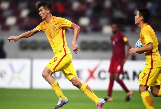 国足连续4届没进过世界杯 中国足球只能无可奈何的等待下个4年