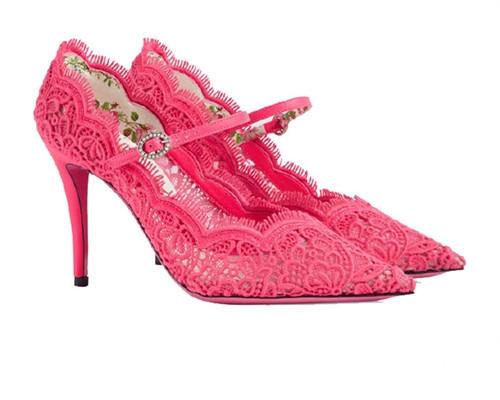 Gucci推出全新高跟女鞋 尽显女性高贵气质